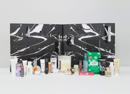 asos-beauty-advent-calendar-2016-contents-650x470