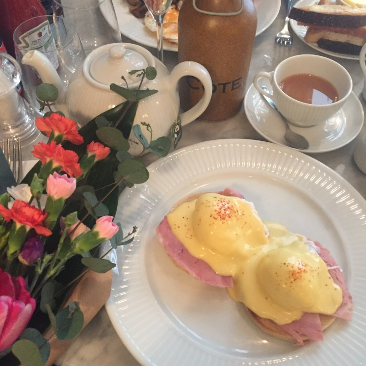 Eggs Benedict from Cote Manchester